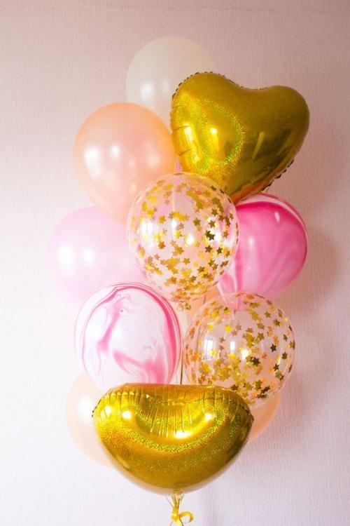 """Надувные шарики в букете """"Голд"""" в подарок на праздник - фото 1"""
